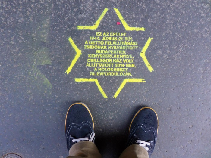 Yellow stars in Budapest remind Hungarians of the Holocaust and the houses where Jews were forced to live after June 1944. Photo: C. Adam.