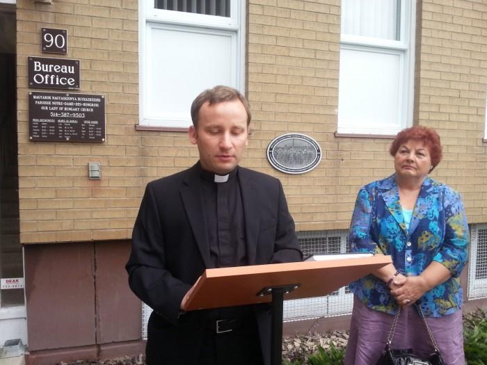 Fr. Szabolcs Licskó and Júlia Ciamarra