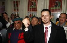 Dávid Janiczak celebrates victory with his supporters. Photo: MTI.