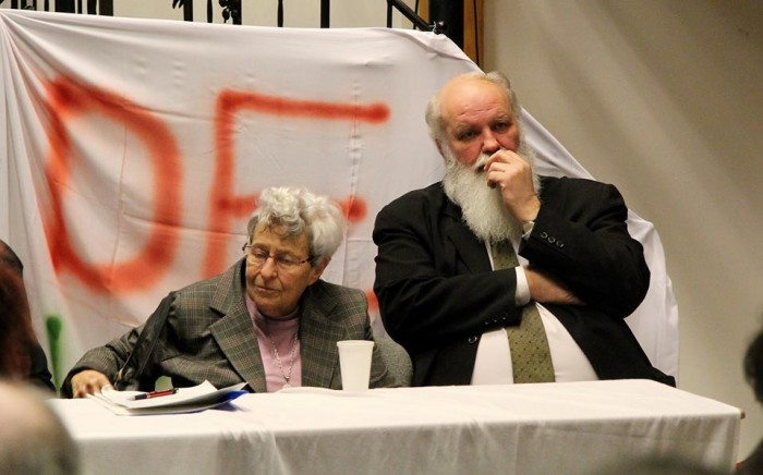 DEKA's Sunday meeting in Budapest, with founders Zsuzsa Ferge and Rev. Gábor Iványi (Photo: Facebook)