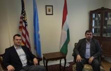 Gábor Staudt (left) and István Szávay (right) are comfortable in Mr. Ferenc Kumin's New York office. Photo: Facebook.