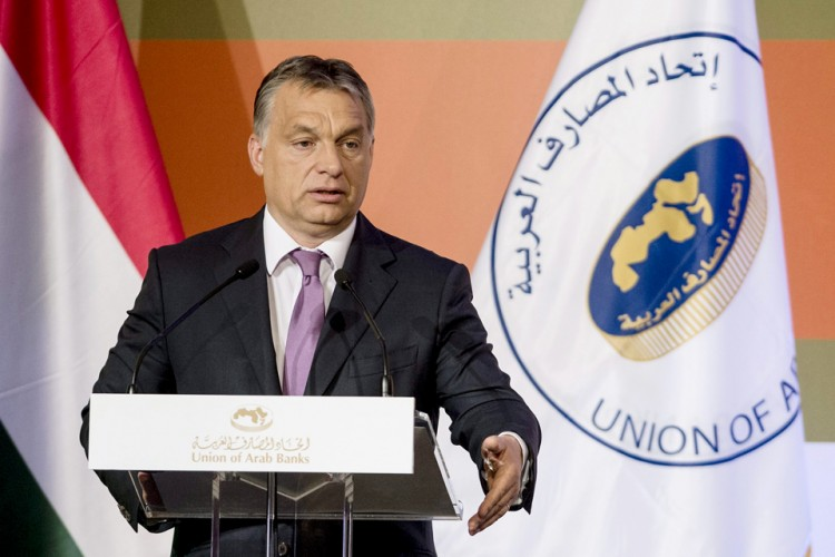 Prime Minister Orbán speaking at the summit organized by the Union of Arab Banks, at the Budapest Hilton. Photo: Szilárd Koszticsák/MTI.