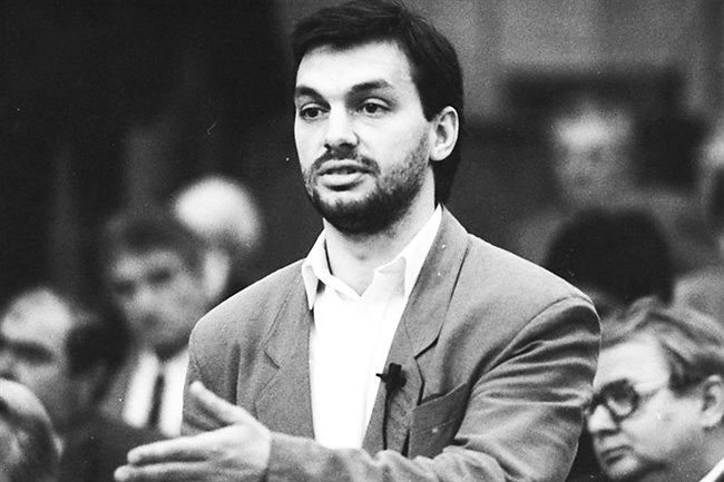 Viktor Orbán in 1990. Photo: Népszava archives.