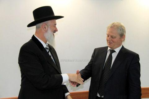 Chief Rabbi Yona Metzger and Budapest Mayor István Tarlós.