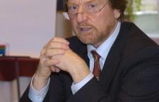 Dr. András Göllner