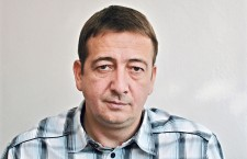Zsolt Bayer is one of the most vile, openly racist publicists in Hungary. And he is not associated with Jobbik. Mr. Bayer is not only a founder of the ruling Fidesz party, but also a close friend of Prime Minister Viktor Orbán.