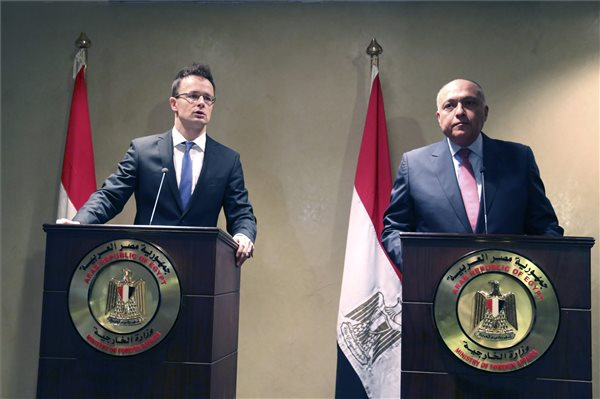 Mr. Szijjartó and Mr. Shoukry - press conference in Cairo.