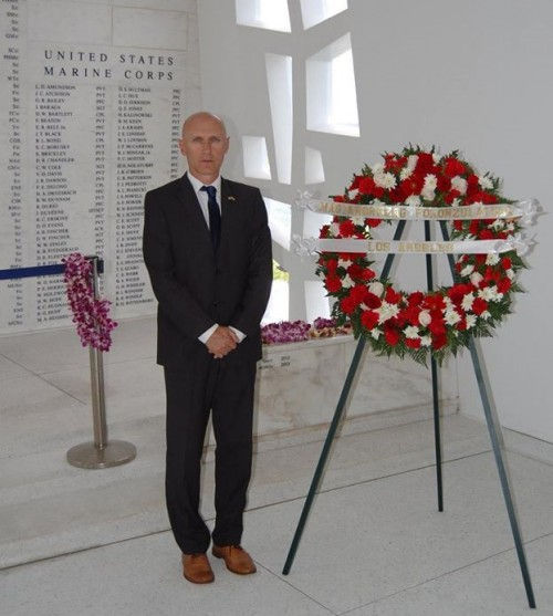 László Kálmán, Hungarian Consul General in Los Angeles paid respect at the Pearl Harbor Memorial.