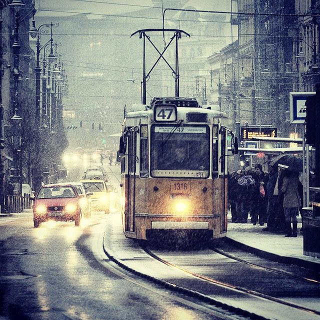 Wintry Budapest - Streetcar No. 47. Photo: Karl Wood.