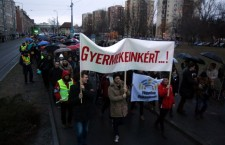Teachers, parents and students march in the northeastern city of Miskolc on February 3rd. Photo: MTI.