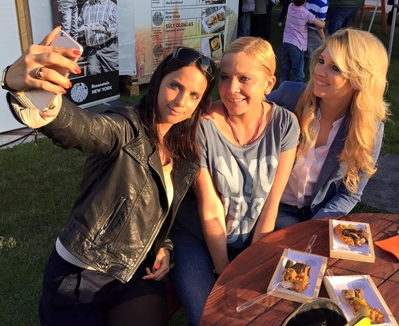 Vivien Szalai on the right, pictured in this seflie with close friends Fanni Kaminsly (middle) and Cecília Rogán (left).