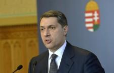 János Lázár at Thursday's press conference. Photo: MTI.
