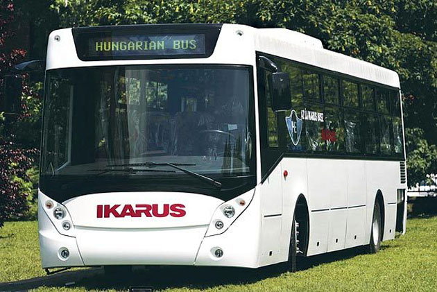 A new Ikarus bus prototype from 2006, presented to representatives of the media. Photo: Péter Istvánfi / iho.hu