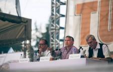 Mr. Orbán speaking in Tusnádfürdő, Romania, on Saturday. Photo: Facebook.