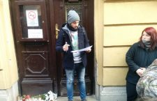 The names of survivors are read out Saturday morning in Budapest, at the Szinyei Merse Pál Gimnázium. Photo: 444.hu