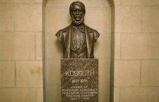 Kossuth bust at the Rotunda of the US Capitol building in Washington DC.
