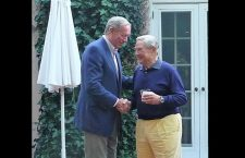 Gov. George Pataki thanked George Soros at the CEU Trustee reception