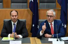 Josh Frydenberg (left) and Prime Minister Turnbull in the Australian Parliament.