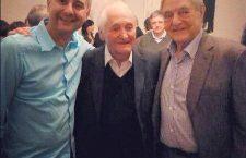 Kányádi (in the middle) with fellow Transylvanian Prof. Albert-László Barabási (left) and George Soros (right).