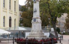 Statue of the Galley Slaves in Debrecen.