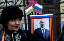 Hungarians celebrate Vladimir Putin and Russian influence on the streets of Budapest. Photo: MTI.