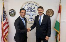 Miami Mayor Suarez and Hungary's President Áder.