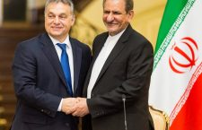 All smiles – Orbán with Eshaq Jahangiri, Iran's First Vice President.