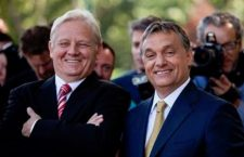 Budapest Mayor István Tarlós (left) and Prime Minister Viktor Orbán share a light moment.