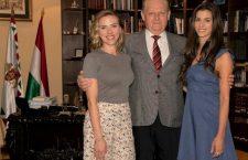 Scarlett Johansson and right-wing Budapest mayor István Tarlós