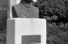 Martin Luther King Jr. bust in 1978 next to the Church.