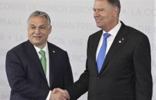 Viktor Orbán and Klaus Iohannis (right) - the smiles are gone