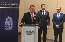 Consul General Valér Palkovits awards Sándor Balla in 2020.